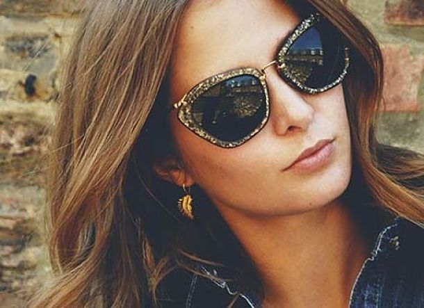 millie-mackintosh-and-miu-miu-smu10n-noir-glitter-sunglasses-gallery_opt_opt