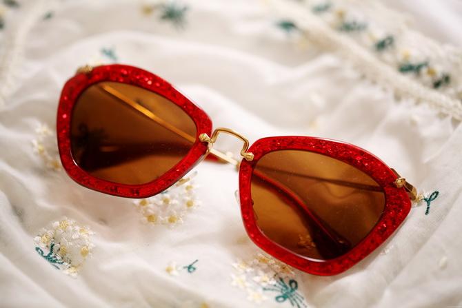 Miu-miu-glitter-sunglasses